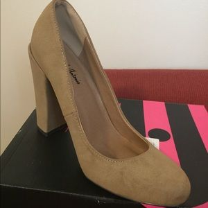 Brand New Natural Color Pumps
